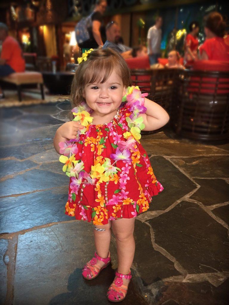 fiesta hawaiana para niños